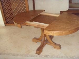 Дерев'яні столи