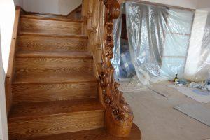 Дерев'яні сходи – 23