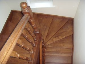 Дерев'яні сходи - 25