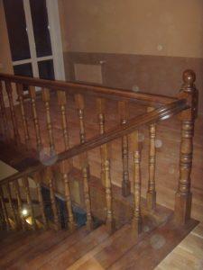 Дерев'яні сходи 35